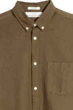 Oxford Shirt Regular fit - Khaki green -  | H&M CA 3