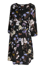 MAMA Patterned dress - Black/Floral - Ladies | H&M CN 2
