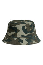 Reversible fisherman's hat - Khaki green/Patterned - Men | H&M IE 1