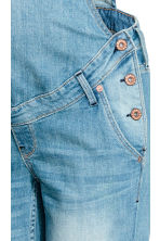 MAMA Denim dungarees - Light denim blue - Ladies | H&M 4