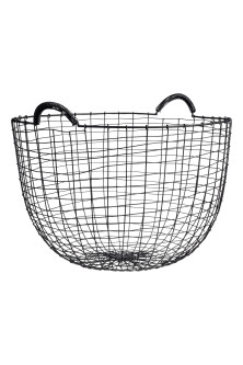 Round metal wire basket