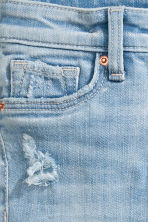 Skinny Fit Worn Jeans - Light denim blue - Kids | H&M 5