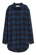 Dark blue/plaid