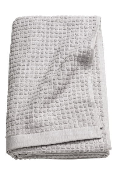 Check-weave bath towel - Light grey - Home All | H&M GB 1
