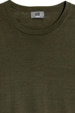 Fine-knit silk-blend T-shirt - Dark khaki green - Men | H&M 3