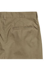 Cotton chinos Slim fit - Khaki green - Men | H&M 3