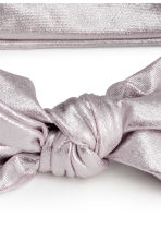 Hairband with a knot detail - Silver - Kids | H&M CN 2