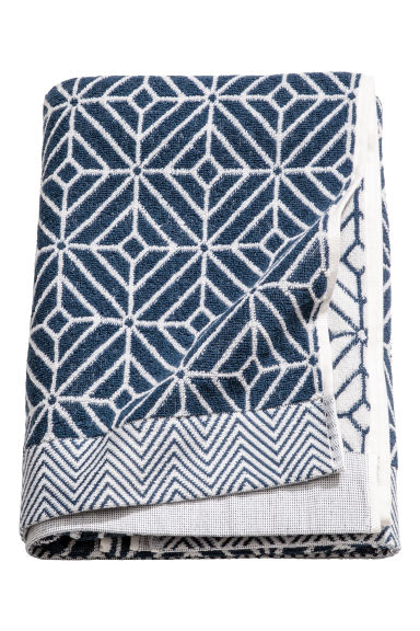 Jacquard-weave bath towel - White/Dark blue - Home All | H&M CN 1