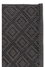 Knot-patterned bath mat - Anthracite grey - Home All | H&M IE 2
