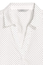 V-neck shirt - White/dotted - Ladies | H&M CA 2