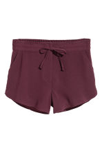 Crêpe shorts - Plum - Ladies | H&M 2
