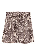 Short shorts - Light beige/Paisley - Ladies | H&M 2