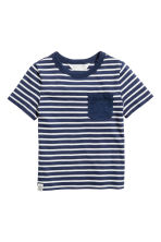 T-shirt with a chest pocket - Dark blue/Striped -  | H&M CA 2