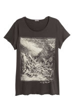 T-shirt with a print - Dark grey/Angel - Men | H&M CN 2
