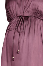MAMA V-neck Satin Top - Plum - Ladies | H&M CA 3