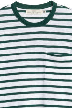 T-shirt - Wit/groen gestreept - HEREN | H&M BE 3