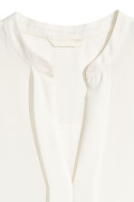 V-neck blouse - White - Ladies | H&M CN 3
