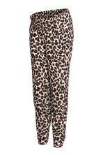 MAMA Patterned joggers - Leopard print - Ladies | H&M 2