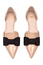 Pointed flats with a bow - Powder beige - Ladies | H&M 2