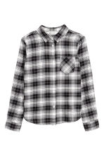 Generous fit Flannel shirt - Grey/Checked -  | H&M 1