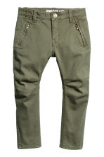 Twill Pants Shaped leg - Khaki green - Kids | H&M CA 2