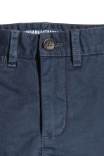 Generous fit Chinos - Dark blue -  | H&M 2