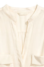 Crêpe blouse - Natural white - Ladies | H&M CN 3