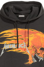 Printed hooded top - Black/Metallica - Men | H&M 3