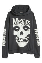 Printed hooded top - Black/Misfits - Men | H&M CN 1