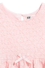 Sleeveless lace dress - Light pink - Kids | H&M 3
