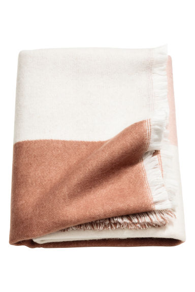 Block-patterned blanket - Pink/Patterned -  | H&M CN