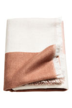 Block-patterned blanket - Pink/Patterned - Home All | H&M IE 1