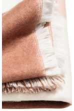 Block-patterned blanket - Pink/Patterned - Home All | H&M IE 3