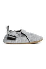 Soft slippers - Grey/Snoopy - Kids | H&M CN 2