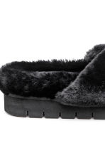 Faux fur slippers - Black - Ladies | H&M IE 4
