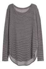 Dark grey/Striped