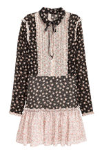 Chiffon dress with frills - Black/Floral -  | H&M CN 2