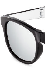 Folding sunglasses - Black - Kids | H&M 3