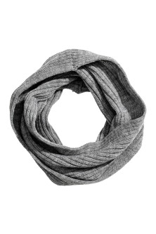 Twisted tube scarf