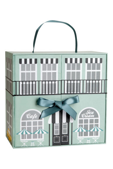 Cardboard doll's house - null - Home All | H&M CN 1