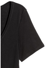 Short-sleeved jersey top - Black - Ladies | H&M 3