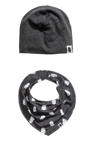 Hat and triangular scarf - Dark grey/Ghosts - Kids | H&M