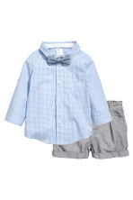 Shirt with bow tie and shorts - Light blue/Checked - Kids | H&M 1