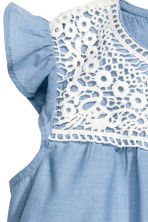 Cotton blouse with lace - Blue/Chambray -  | H&M 3