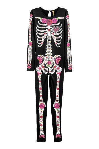 Skeleton costume Model