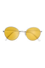 Sunglasses - Yellow - Ladies | H&M 2