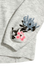 Knitted jumper with embroidery - Light grey marl - Ladies | H&M CN 3