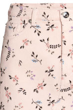 Denim skirt - Powder pink/Floral - Ladies | H&M CN 4