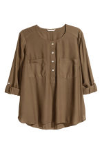 H&M+ Crêpe blouse - Khaki green - Ladies | H&M CN 2