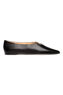 Leather ballet pumps